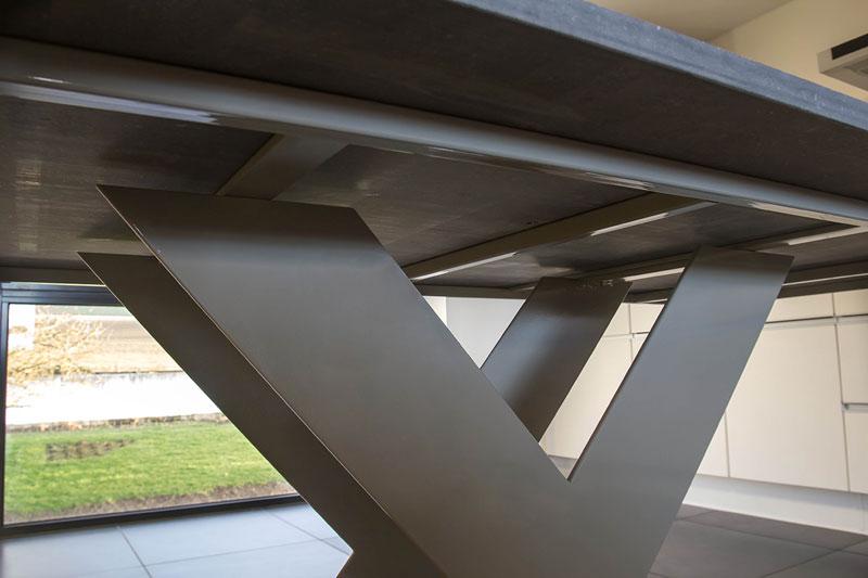 table-haute-beton-acier-02